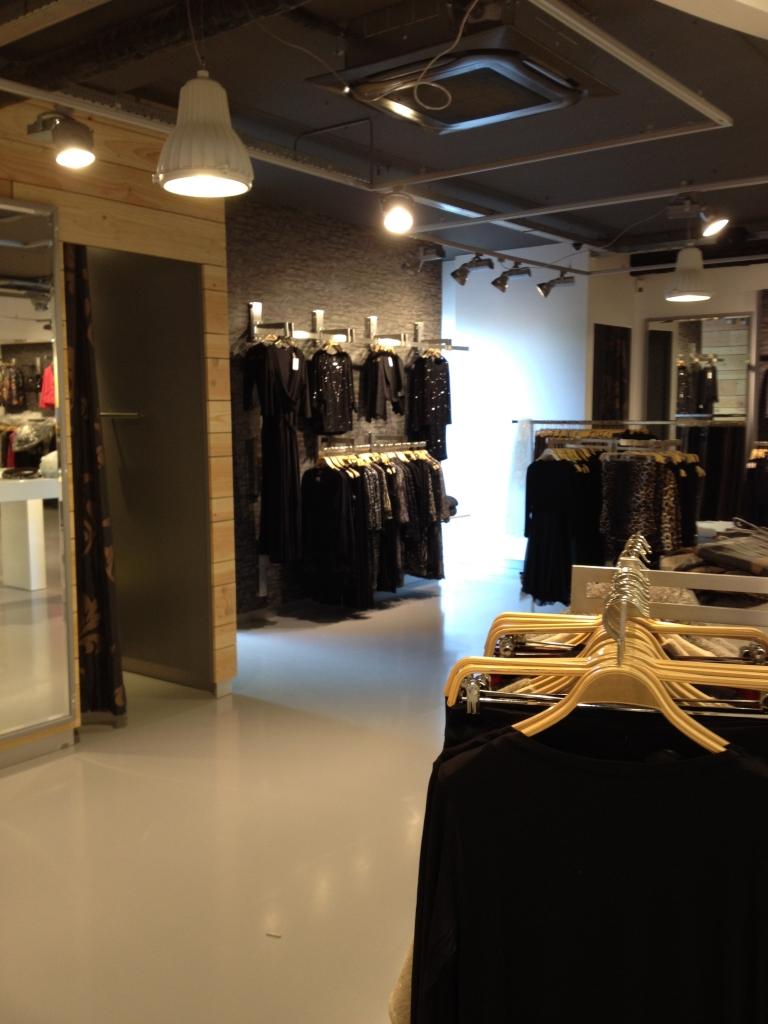 Interieur Kledingwinkel - INhout