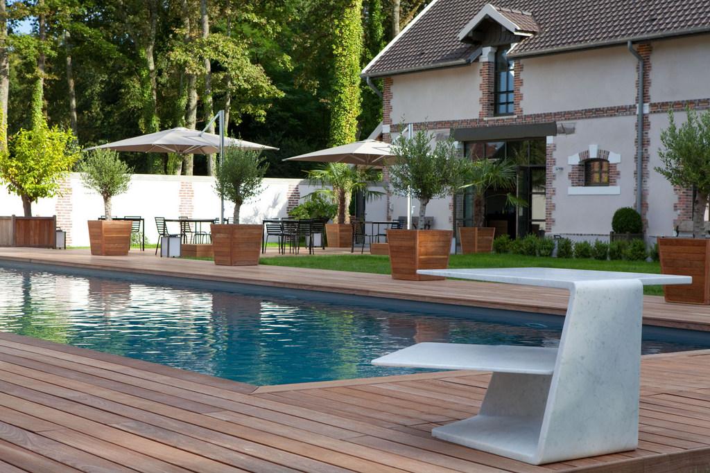 Franse Slaapkamer Meubels : Design Hotel in Frankrijk - INhout